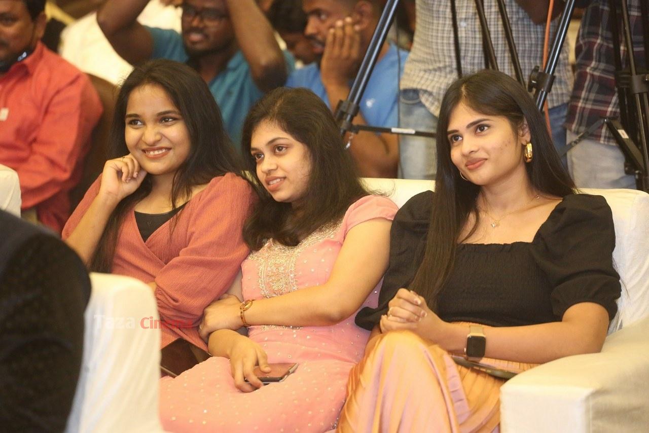 Alludu-Adhurs-Movie-Success-Meet-19