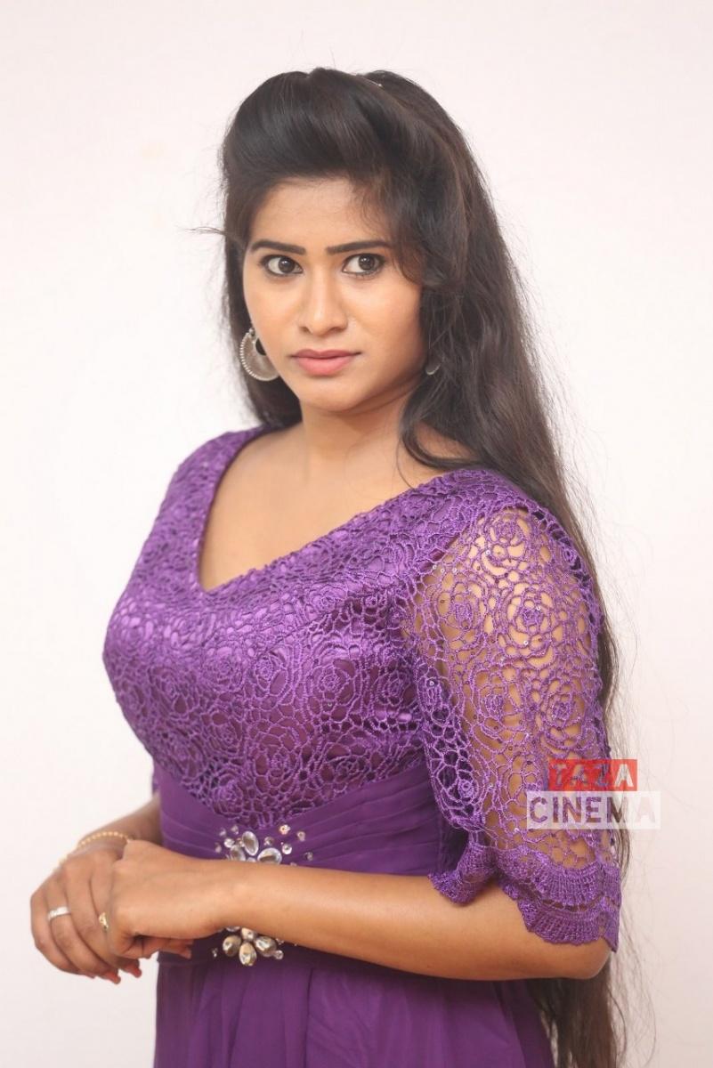 Pooja-Suhasini-16