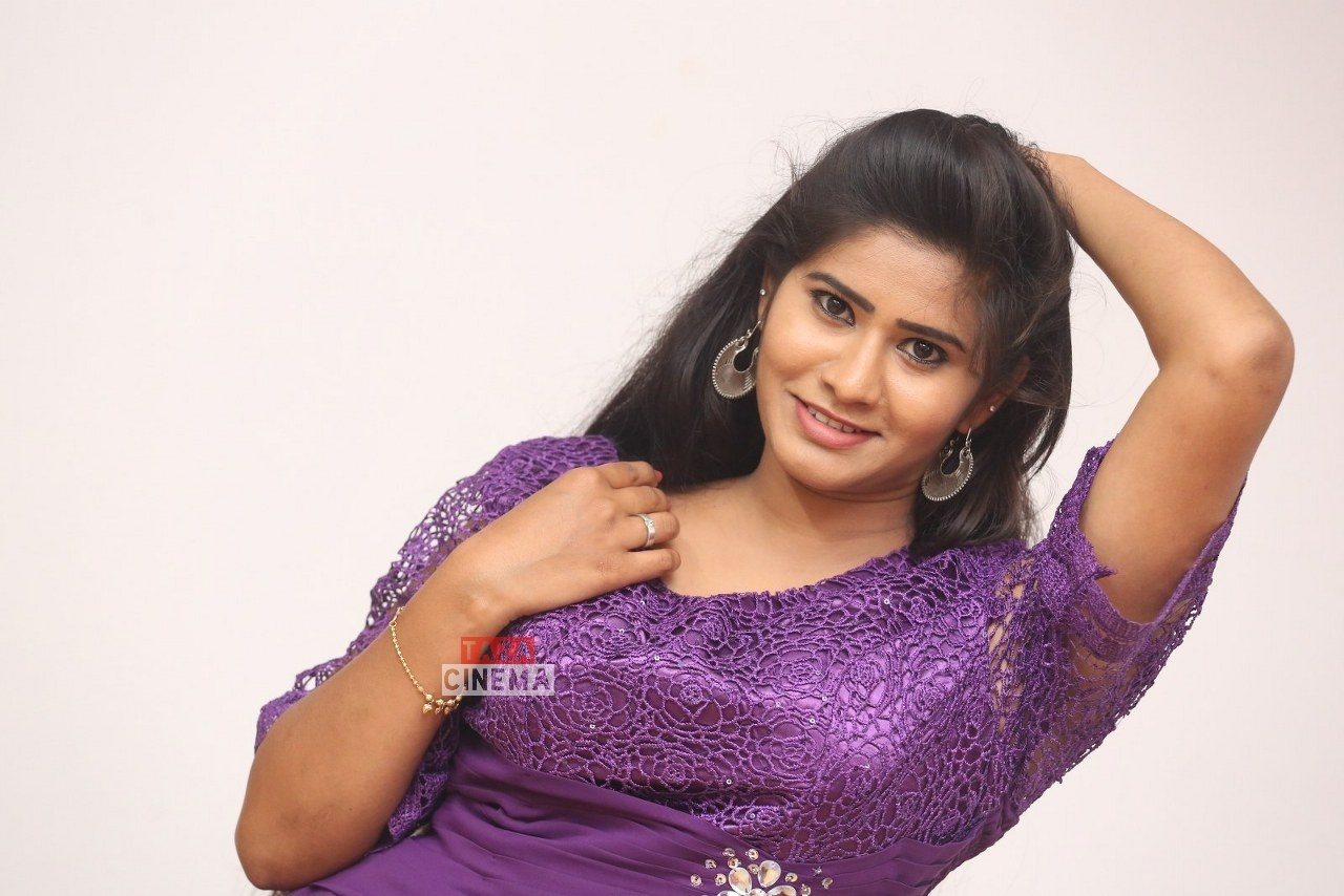 Pooja-Suhasini-4