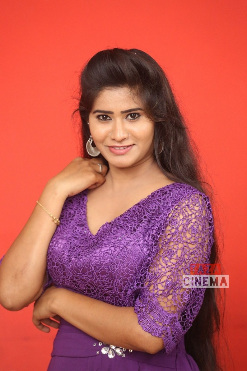 Pooja-Suhasini-5