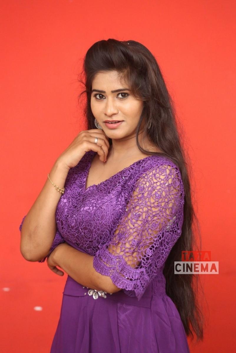 Pooja-Suhasini-6
