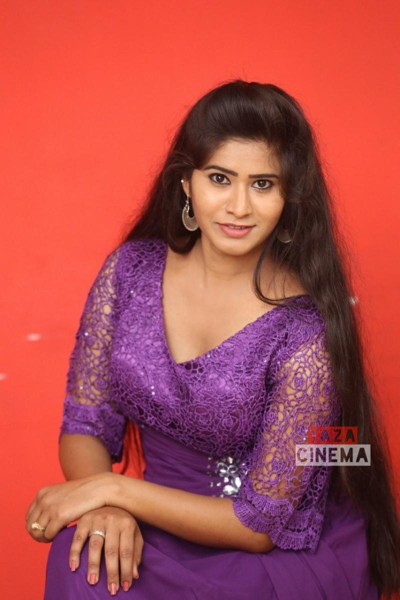 Pooja-Suhasini-8