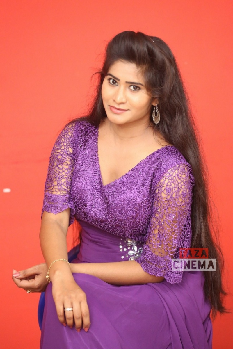 Pooja-Suhasini-9