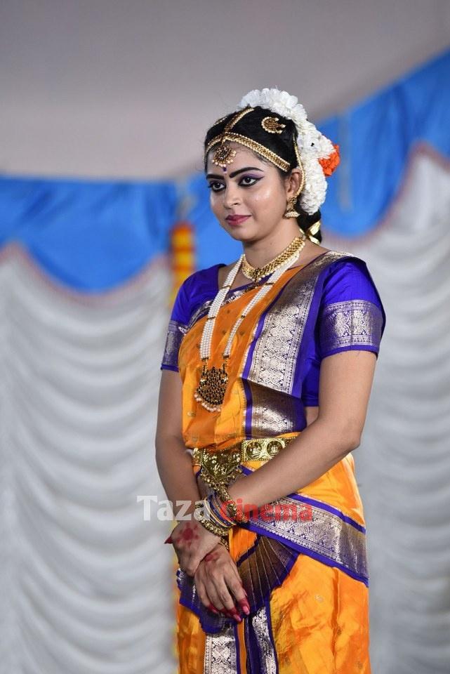 Pranavam-Movie-Stills-19