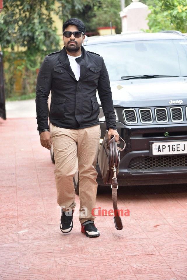 Pranavam-Movie-Stills-21