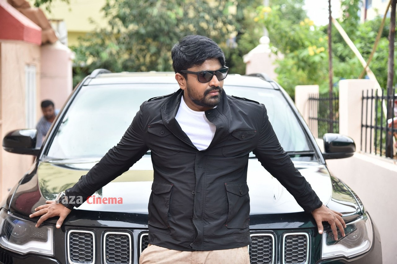 Pranavam-Movie-Stills-22
