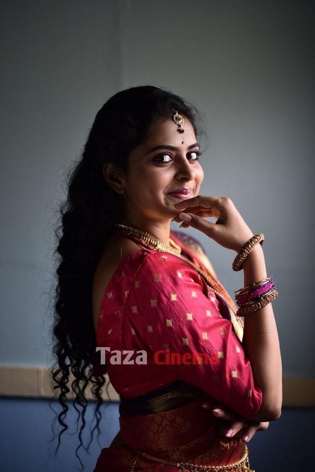 Pranavam-Movie-Stills-27