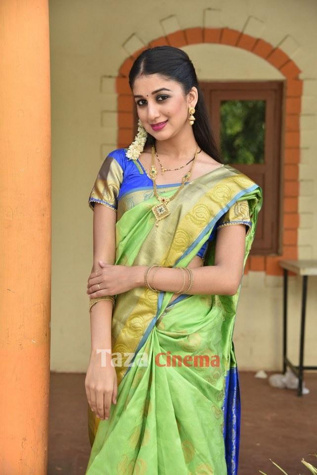 Pranavam-Movie-Stills-3