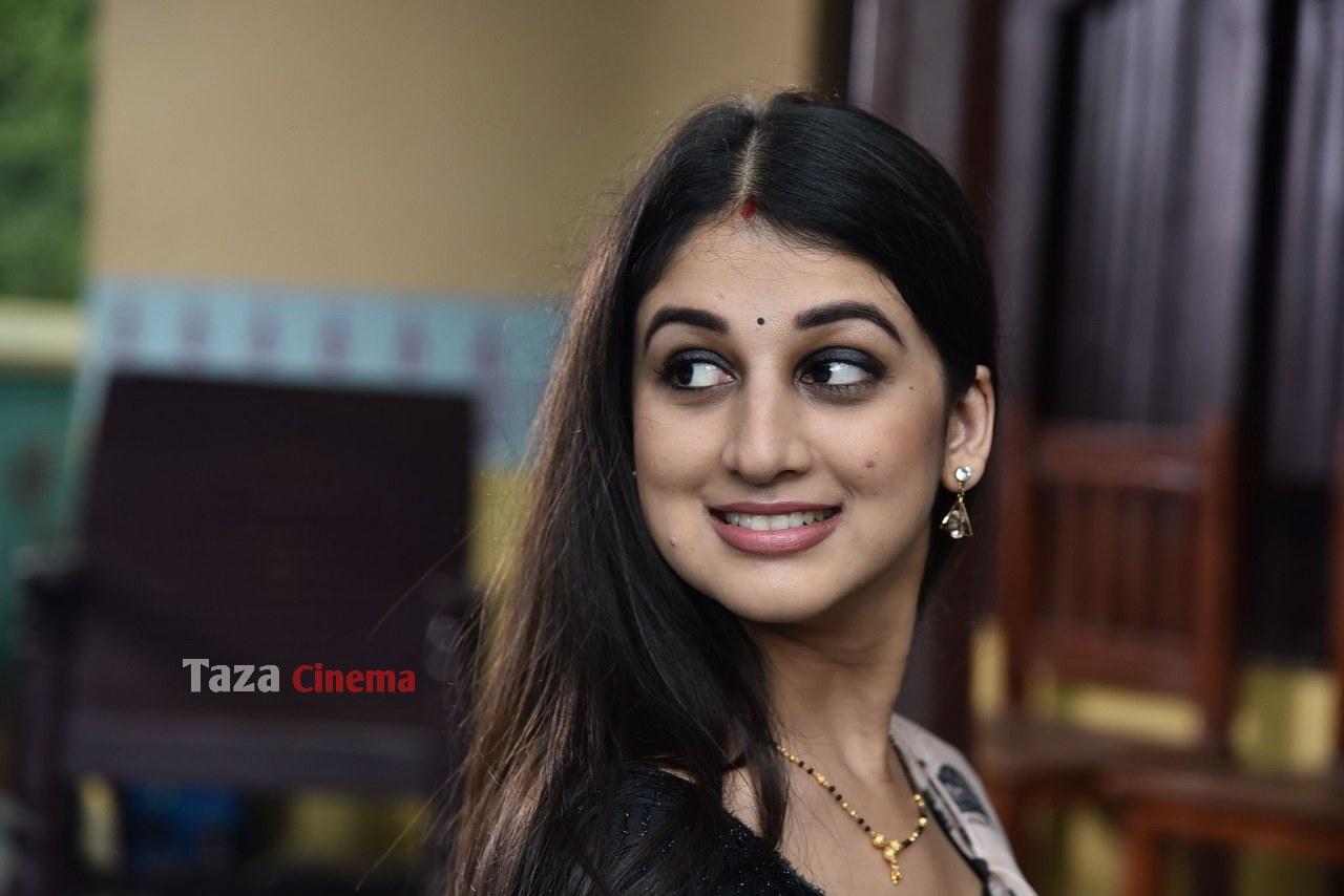 Pranavam-Movie-Stills-37