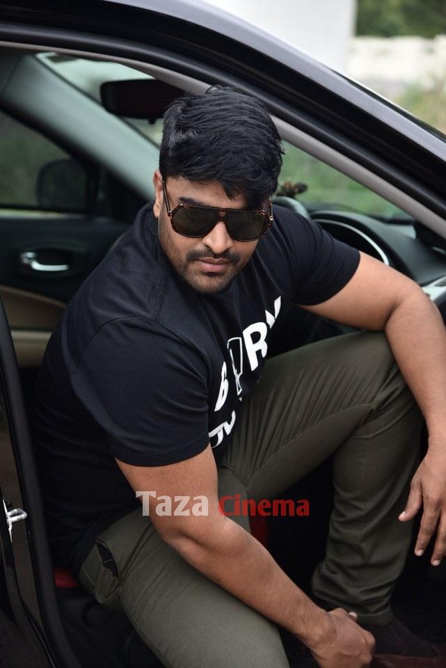 Pranavam-Movie-Stills-40