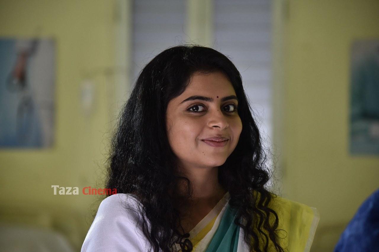 Pranavam-Movie-Stills-42