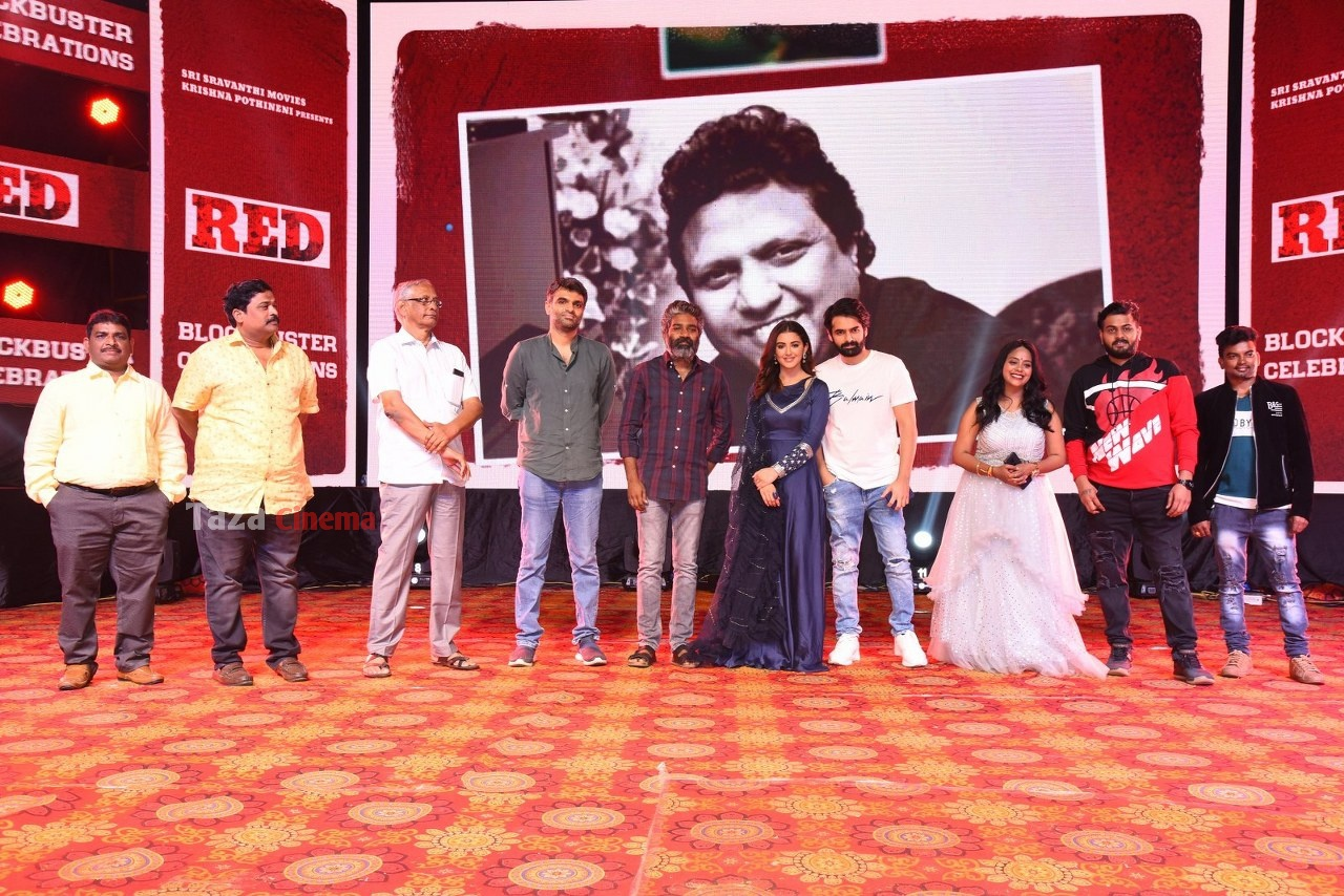 RED-Movie-Blockbuster-Celebrations-30