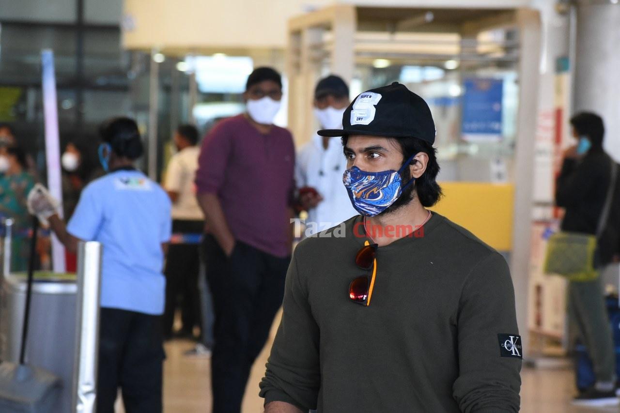 Sudheer-Babu-snapped-at-RGIAirport-10