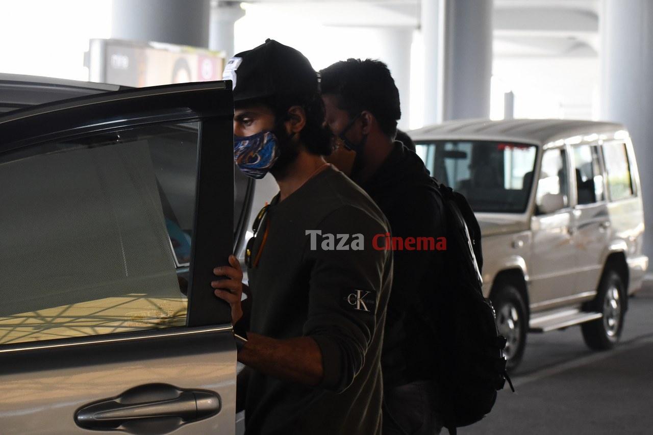 Sudheer-Babu-snapped-at-RGIAirport-19
