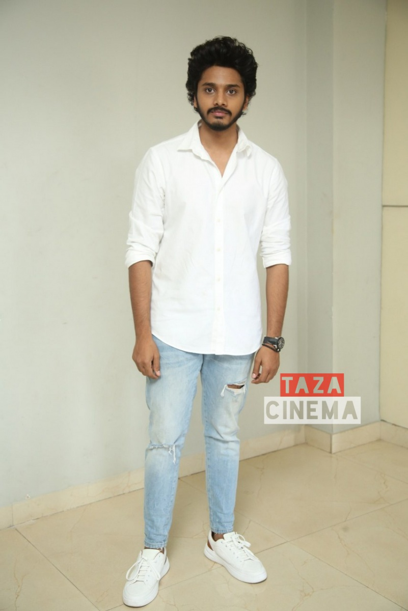 Zombie-Reddy-Movie-Teaser-Launch-10