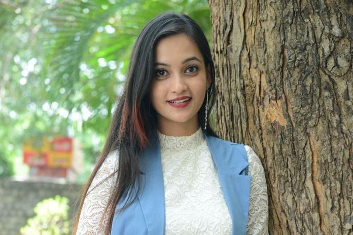Actress Tamanna Vyas Photos
