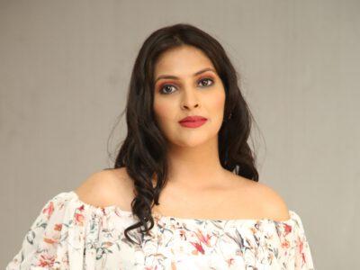 Actress Khyati Sharma Photos